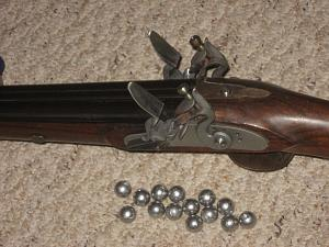 Click image for larger version.  Name:double flintlock near.jpg Views:21 Size:95.9 KB ID:240121