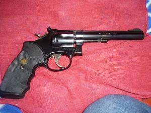 Click image for larger version.  Name:22LR_S&W_Mod_17_5_revolver_02.jpg Views:20 Size:155.8 KB ID:240922