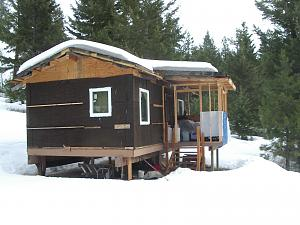 Click image for larger version.  Name:cabin.jpg Views:73 Size:65.8 KB ID:191606